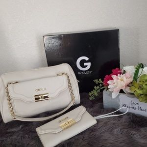Guess bag set
